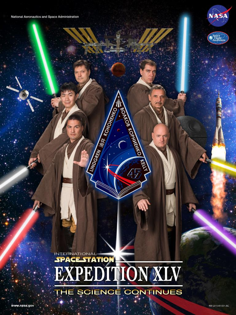 ISS astronauts pose as Jedi for official portrait, win at life http://t.co/3xUxLubdKV http://t.co/QL38R4dhiq