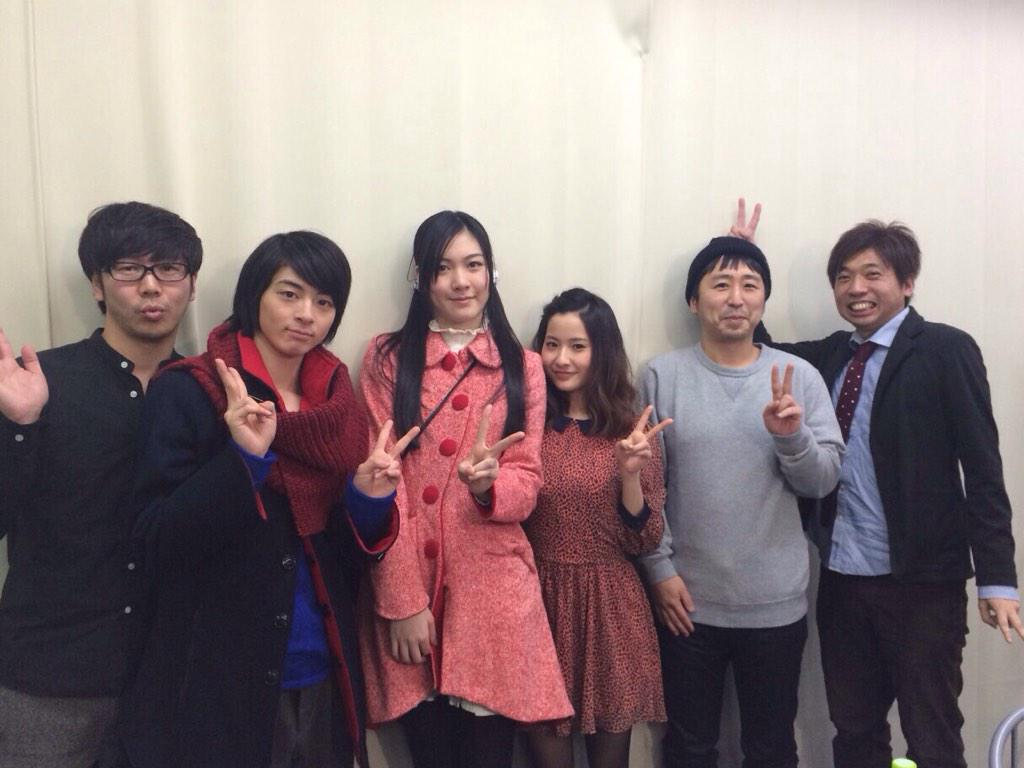 今日の写真。左から中井圭さん、高杉真宙さん、佐倉絵麻さん、私、小林啓一監督、くれい響さん。お疲れ様でした^ ^ http://t.co/x2LZDrh9xx