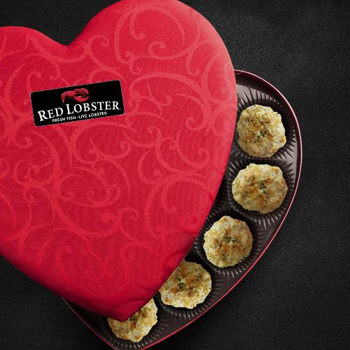 Box of chocolate? Typical. Cheddar Bay Biscuits in a heart-shaped #Vday box? That's #lobsterworthy. http://t.co/pMlaOaa1O5