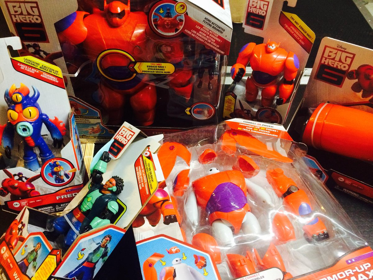 (●—●) FRIDAY PRIZE TIME! RT to win our fave #BigHero6 goodies! 6 winners will be picked! #YOBigBentoSix http://t.co/Sks2gGumT8
