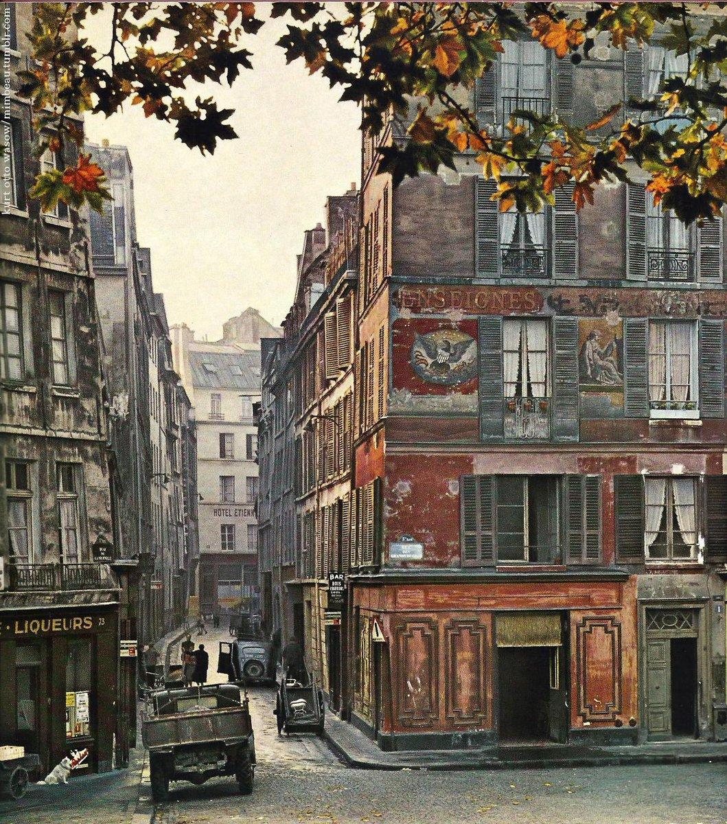 L'Ile de la Cité, #Paris 1950s,  #Photo Kurt Otto-Wasow http://t.co/qEqGSei66Q | rt @Brindille_