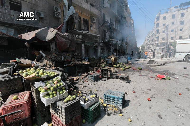 I was here when this barrel bomb hit Shaar market. It could've been me, turned into another victim of #AssadHolocaust http://t.co/Qv7F3ahgYB