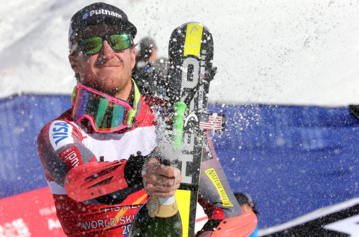 Greg Fitzsimmons (@GFitzsimmons): Total perfection! #RESPECT @tedligety wins #GS #Vail2015 #WorldChamps. #skiing By @usskiteam: http://t.co/7DsnwPwhGj http://t.co/FE7rpkVvdE