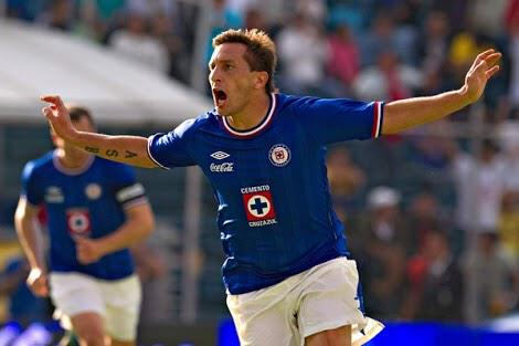 100 explosiones de alegría al gritar un gol a lo largo de mi carrera en México. Gracias a todos por tanto cariño! http://t.co/xCB9RdyUJ3
