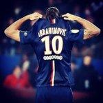 """Ibrahimovic: """"Wenger me falou para fazer testes no Arsenal quando tinha 17 anos. Eu disse não, Zlatan não faz testes"""" http://t.co/twyN3J7AVt"""