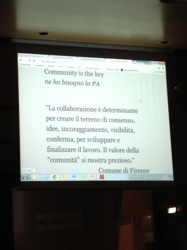 Community is the key: la slide che racchude il senso realizzato nel progetto Open Data di Firenze