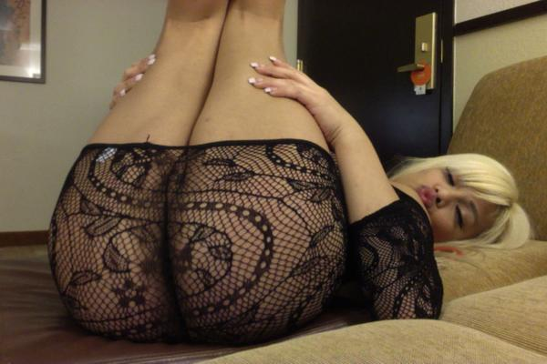 BellisimaxXx (@BeautifullVega): there right there ;) http://t.co/ATAStGkq