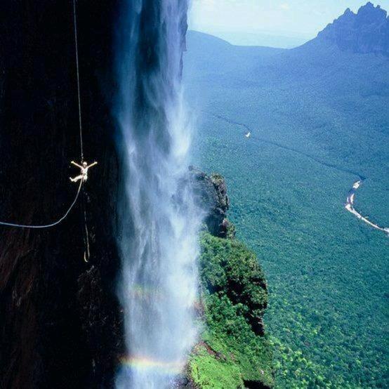 Si te gusta la aventura, querrás hacer esto en el Salto Ángel Venezuela @Casatropical  http://t.co/Hky735lgCY