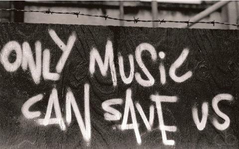 Все мои советы - лишь мои наблюдения и какой-то спорный жизненный опыт.  Но в одном я уверен.  Слушайте хорошую музыку.