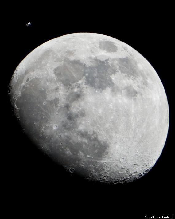 What an image! ISS & the Moon in one shot. Brilliant. http://t.co/3O3ie3Jc