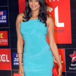 RT @rhinos_chennai: The super hot and sizzling @priyamani6  in ccl curtain raiser....the heat is on !!!!!!!!!!!!! http://t.co/owGnAv7g