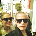 RT @BEAUcasperSMART: With my bear @JLo walkin around #Osaka #JAPAN