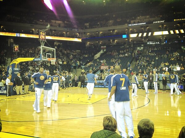 Phoenix Suns at Golden State Warriors - Oracle Arena ...