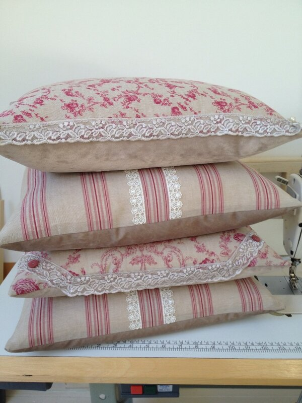Next collection of cushions heading to @Drewtons http://t.co/4m5Edr7u