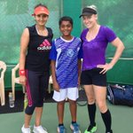 RT @BMATTEK: @MirzaSania and I practicing today and meeting some of the future tennis players of India! http://t.co/6MgJCsGB