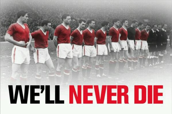 BCYJGzHCUAE9ct3 Man United unveil Well Never Die banner in honour of Munich victims