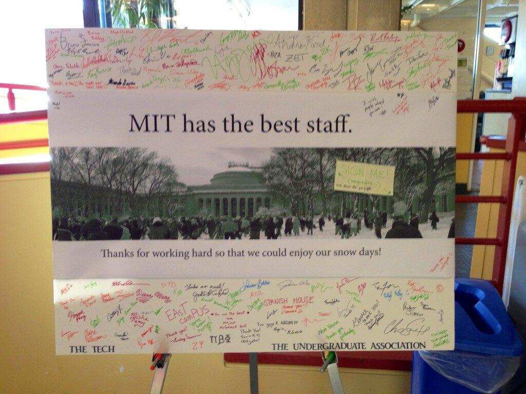 MIT's Twitter Photo