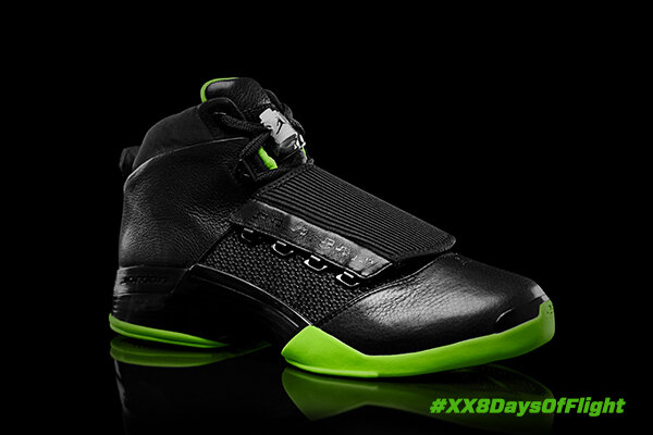 The jazz-inspired XVII is the first AJ to useTuned Air and a TPU heel stabilizer. #AJ17 #XX8DaysOfFlight http://t.co/wz3cUkLu