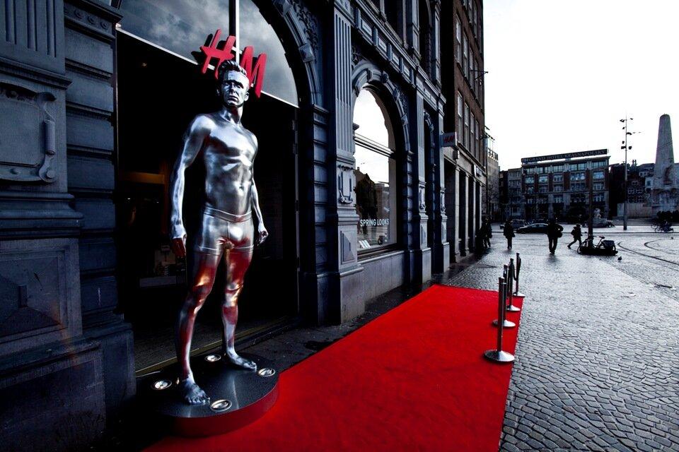 H&M Nederland's Twitter Photo