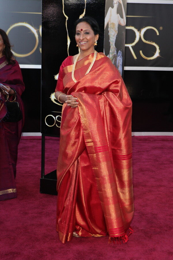[In Pic] Oscar nominee Bombay Jayashree On the Oscars Red Carpet.