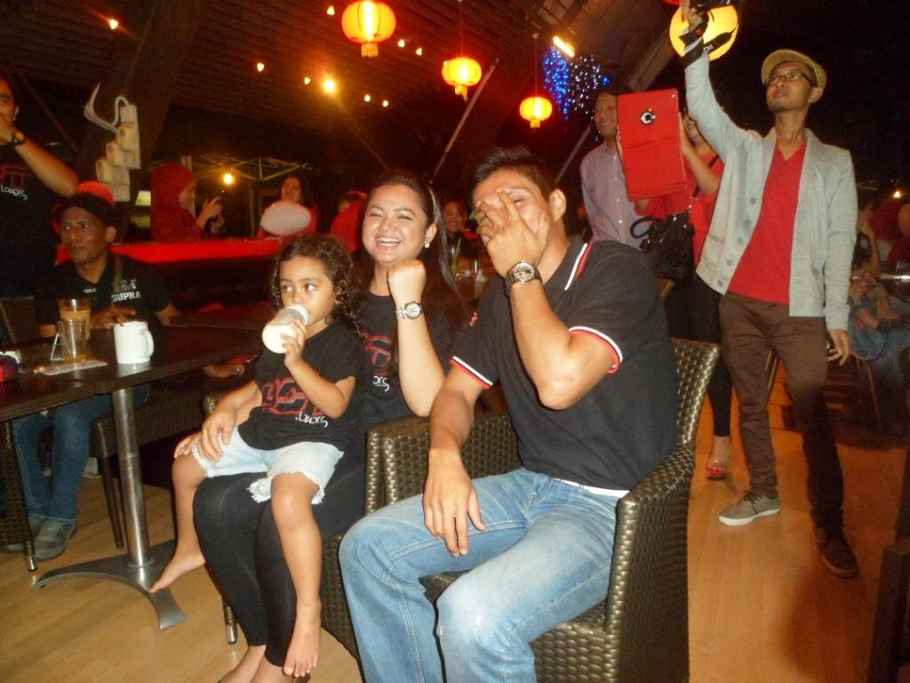 Abg @adpadiputra x sanggup tgk bila #1hotlovers nya didera #RoslanShah #ADPBirthday 2012 http://t.co/BZbIJwKV9N