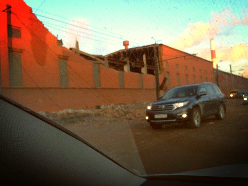 Разрушения после взрыва в Челябинске