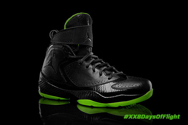 """Inspired by the """"zoot suit"""" era, the AJ 2012 reflects a young MJ's brash, confident game. #AJ27 #XX8DaysOfFlight http://t.co/S1D6zv0i"""