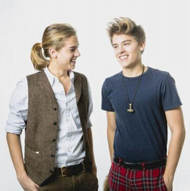 ChildhoodShows : Zack & Cody now wow Zack always was the better twin
