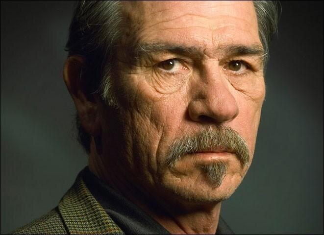 Tommy Lee Jones and I are loving the dunk contest so far.  #Spriteslam http://t.co/dPM53tyc