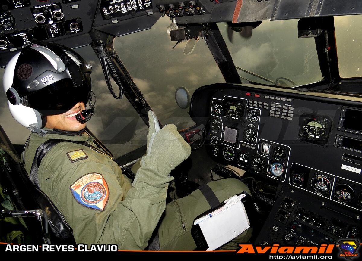 FOTO: Mi-17 Aviación Naval, eternamente agradecidos. Aviamil Presente! http://t.co/31p63V7LKi