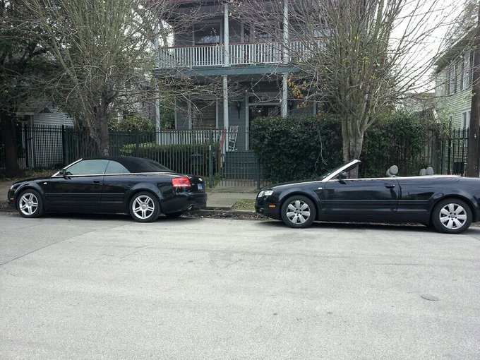 How cute! Twins! :-) #audi http://t.co/QCBc3BUBIy