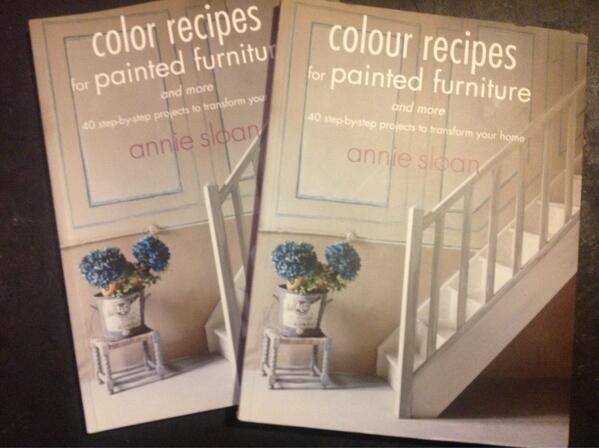 RT @AnnieSloanHome: My new book out very soon.... http://t.co/Zo2305HMHu