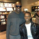 @JalenMatthews26: @terrellowens & me http://t.co/0xwkJUB3Xl HAPPY BIRTHDAY JALEN!! #keepthosegradesup