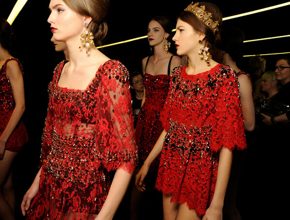 Winter 2014 Womenswear show - backstage a few seconds before the finale http://t.co/I9CH6yJdTD
