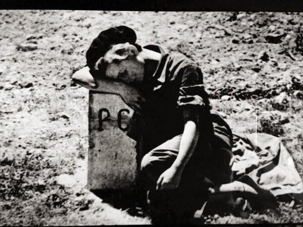 NAVER まとめ心に残る写真。アメリカの戦場カメラマン ロバート・キャパ