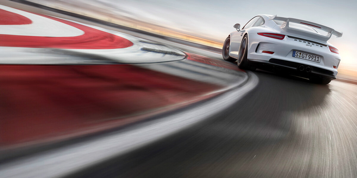 New #Porsche 911 GT3 premieres at the #GenevaMotorShow. Enlarge the image & save to use as your Twitter header: http://t.co/fPvunzkI45