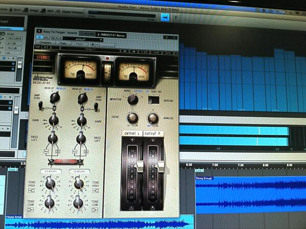 Trying out the new REDD console from @WavesAudioLtd in a mastering session. Very musical! http://t.co/xs6BXY67Zn
