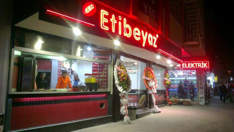 Ticaret hayatima Esenler'de Etibeyaz'la atildim..:)Gelin,görün,tadin..Beklerim:) http://t.co/q27rB01vTL