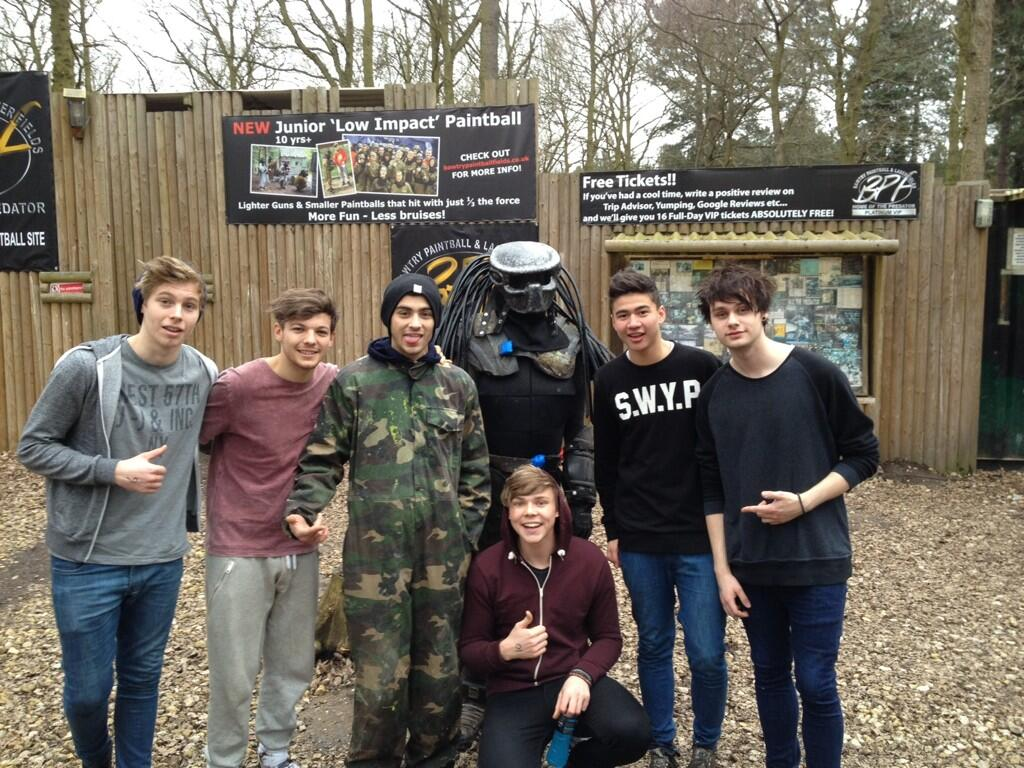 RT @Louis_Tomlinson: Great day out today @5secsofsummer @zaynmalik http://t.co/YJbivu5VQ3