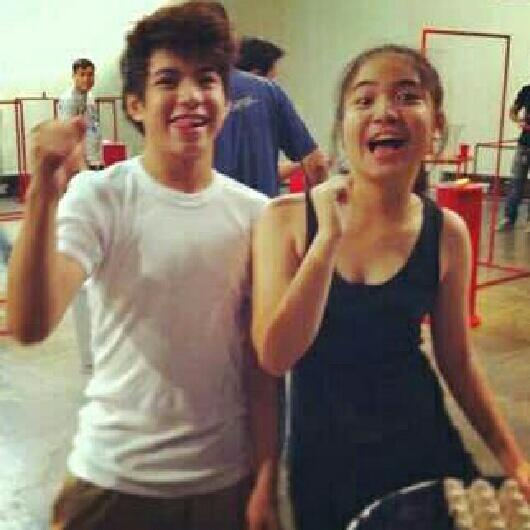 OMG HOT NI NASH :') '@HSNS2004 Nash & Sharlene taping for Minute to Win It. Waaah. CTO @AguasNash01 @shar_sanpedro http://t.co/1abh7AiAhJ'