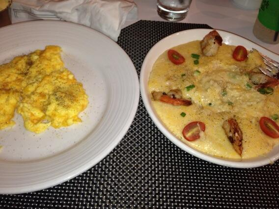 Ummmm at the hard rock eating shimp and grits http://t.co/qt4ryVMKKM