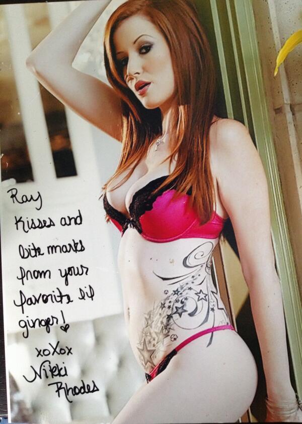 Nikki Rhodes and Felony strip off their bikini to show pussy  135939