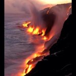 Volcanic lava meeting the ocean in Hawaii. Via @Incredipics http://t.co/vtEUiqUYts