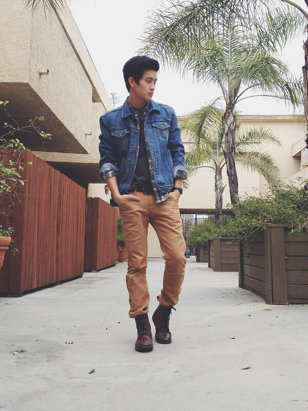 Spring style inspiration from @PeterSAdrian and LB x @Gap #styldby! Sweet jean jacket, Hendrix T & 1969 slim pants. http://t.co/HE1PYwB1Mv