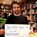 """Todo mi apoyo a la reforma migratoria.""""@OLGATANON1313: A mi querido Hermano @juanes gracias por unirte a Time is now"""