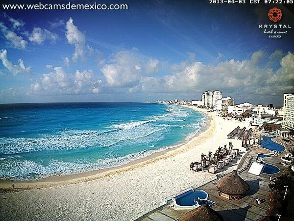 En #Cancún soleado, playa blanca y Temp ya de 27C 7:22am http://t.co/2k5DyJVYQx