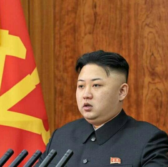 Kim Jong Un minaccia un attacco nucleare contro gli USA. La causa sarebbe l'ultimo taglio del suo barbiere americano. http://t.co/YpsamvxgbW