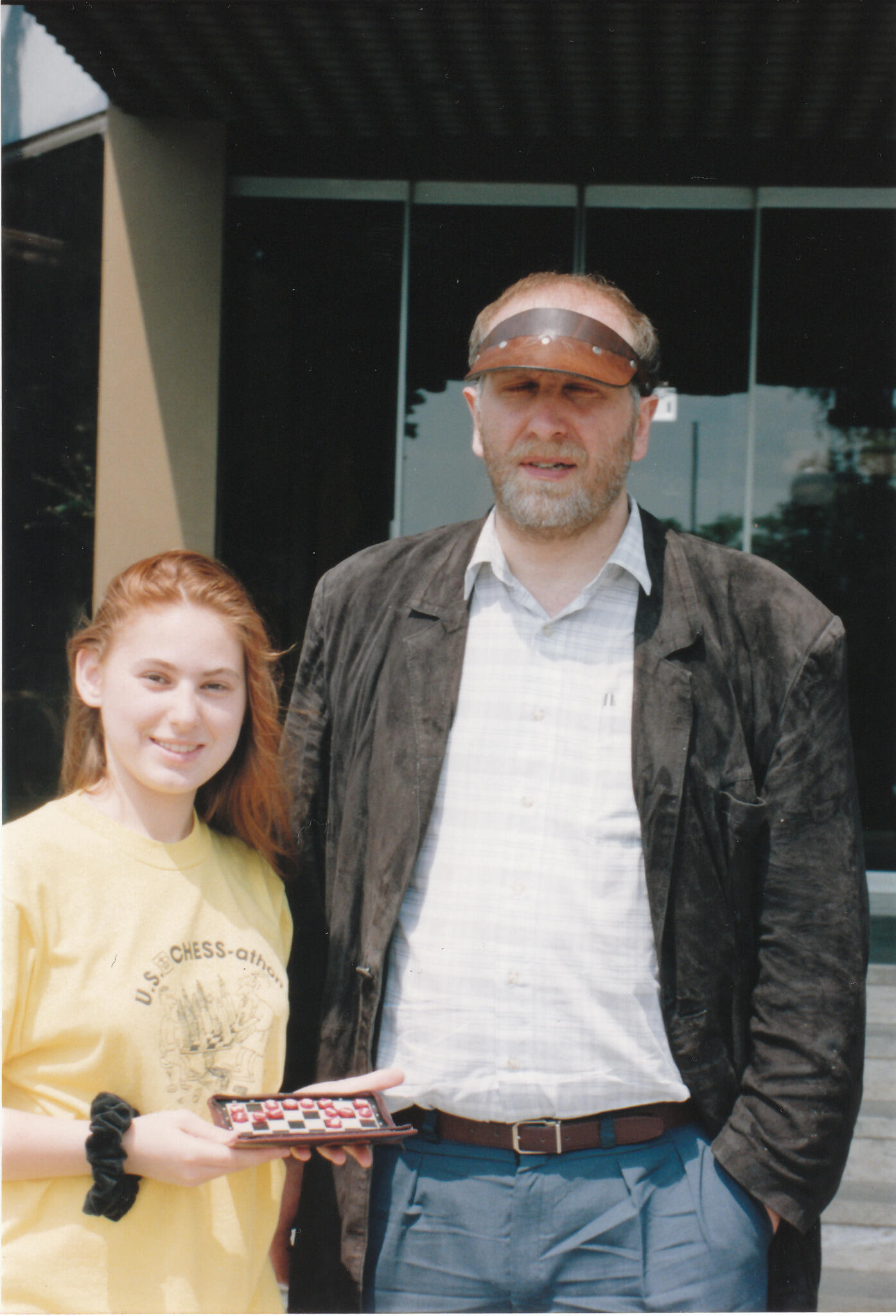 RT @GMJuditPolgar: Can you name this mystery man, who went upset when I broke his record, and then moved into our home for a while in? http://t.co/UDpLd6U77y