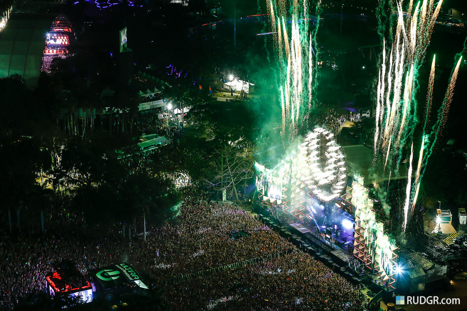 Ultra Music Festival: Weekend 2, Day 2 has come to a close-- http://t.co/ZGhCOUwghu