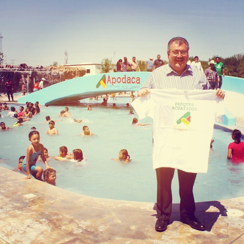 """En el Parque Bicentenario, dimos inicio a la temporada acuática y al operativo """"Semana Santa Segura"""" http://t.co/CEQbDfZoCm"""